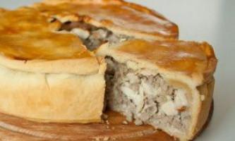 Готуємо смачний пиріг з куркою в мультиварці