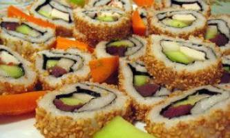 Як їсти суші або як їсти паличками страви японської кухні