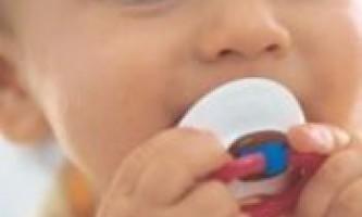 Як правильно відучити дитину від пустушки?