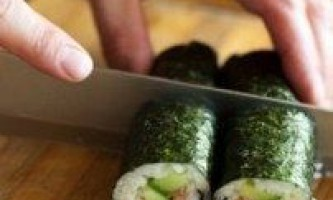 Як приготувати правильно суші?