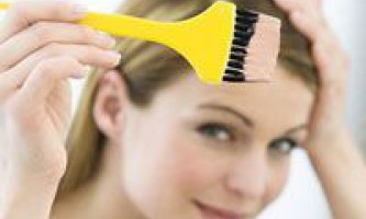 Як вивести фарбу для волосся з одягу